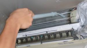 熱交換器の洗浄の様子